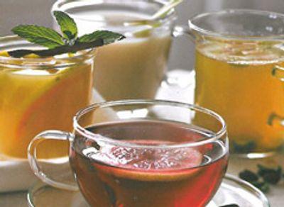 Thé vert aux épices et aux fruits secs