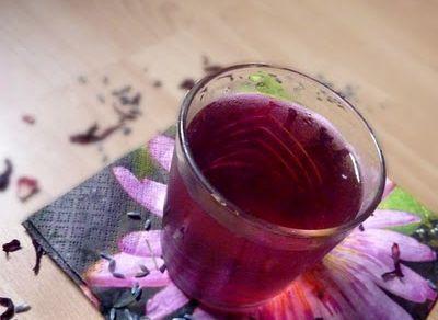 Elixir fleuri aux bulles écarlates