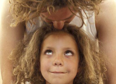 maman enfant cheveux