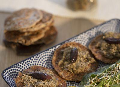 Recette caviar d'aubergines à la tapenade, blinis au sarrasin et au lin