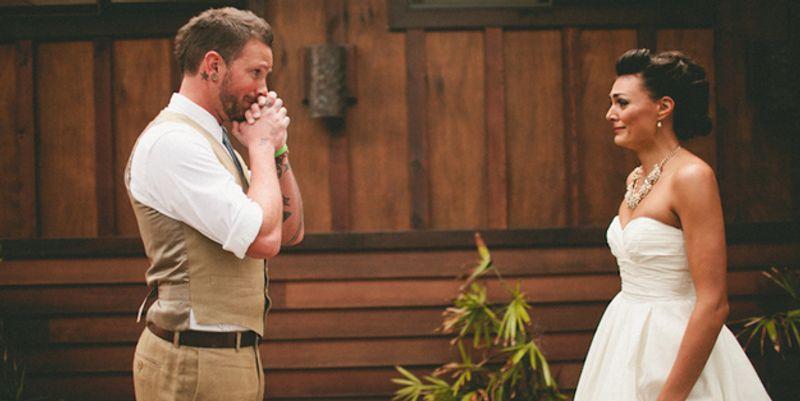 Marié qui découvre sa mariée