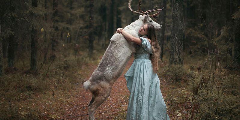 Katerina Plotnikova caribou robe longue magie princesse