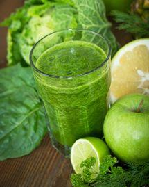 green smoothie pomme citron persil