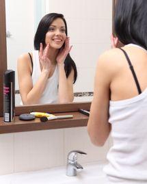 Femme visage crème soin