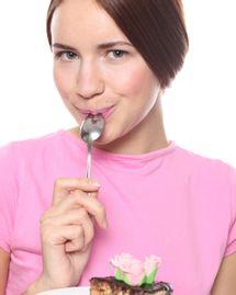 femme cuillère alimentation