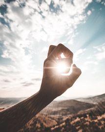 Soleil dans la main