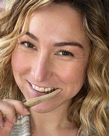 3 manières simples et efficaces de se brosser les dents