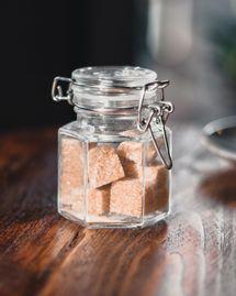 Comment manger moins de sucre grâce à l'hypnose ?