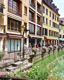 Vacances en France : 5 restaurants bio à Annecy