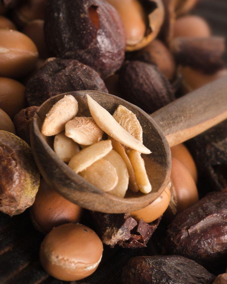 Les amandes dont est tirée l'huile d'argan