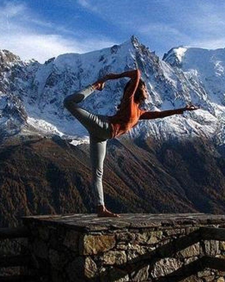 Combiner yoga et ski