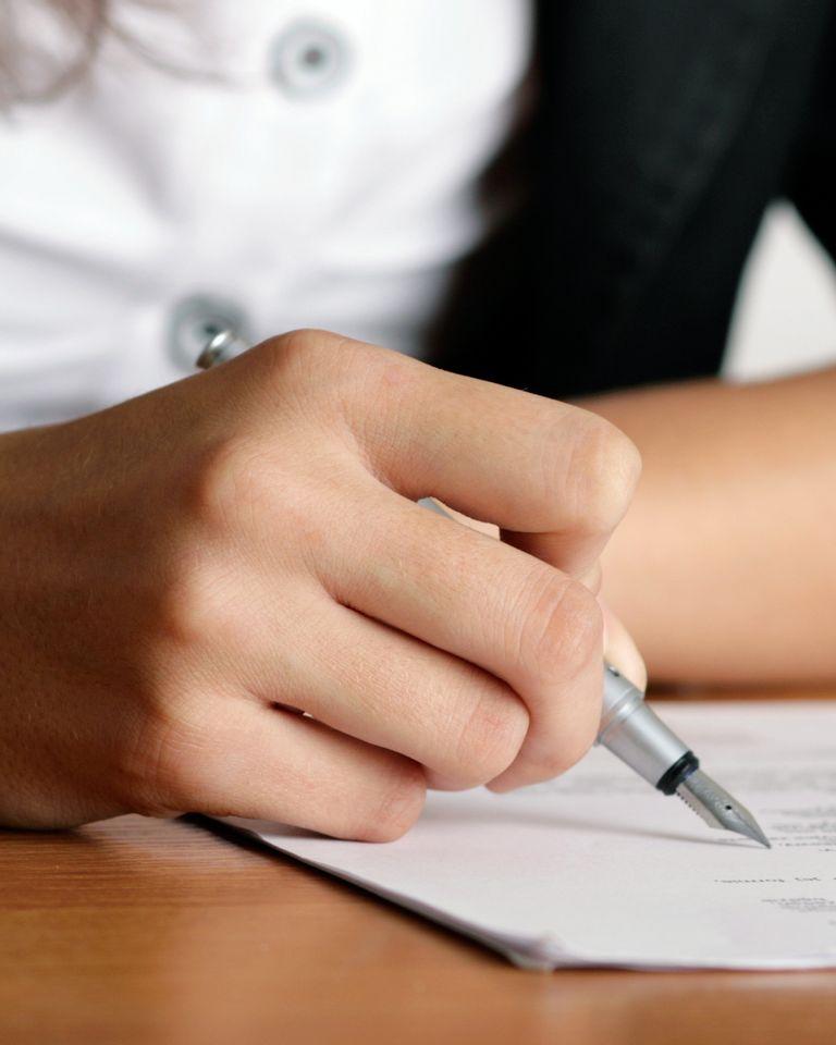 main stylo écrire écriture temoignage