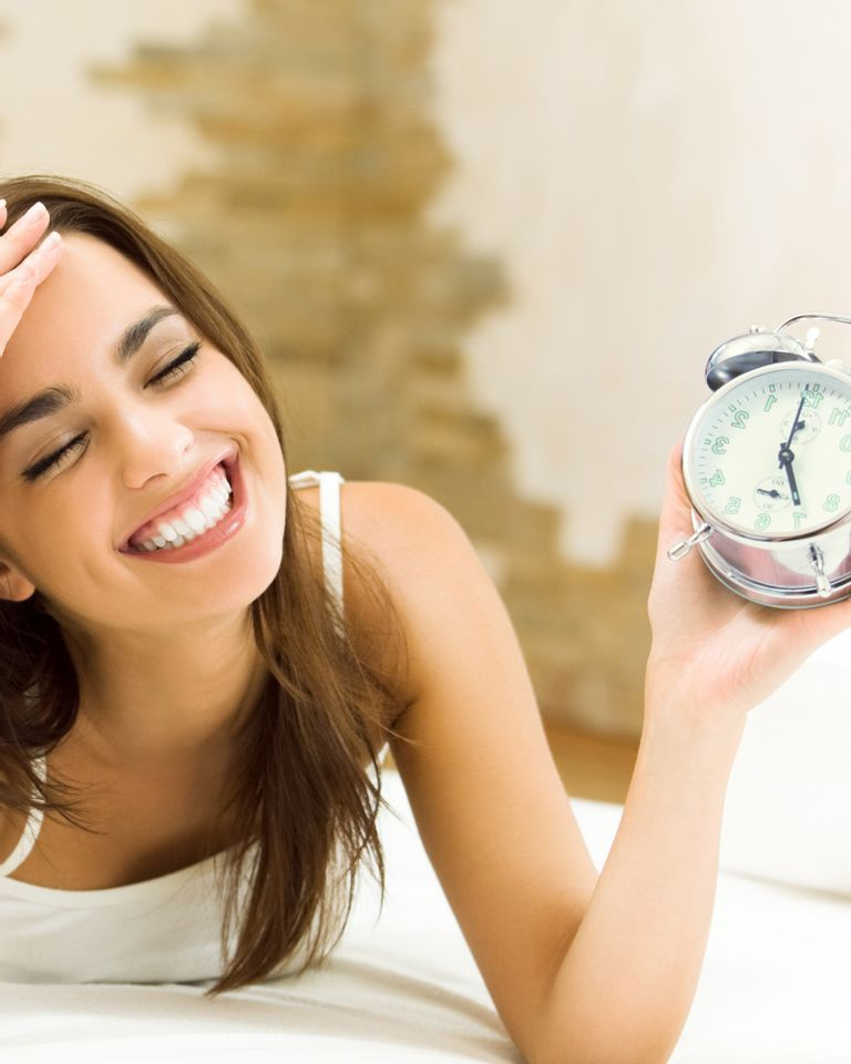 montre horloge temps femme sourire