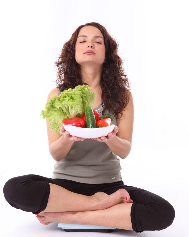 femme fruit légume regime balance méditation