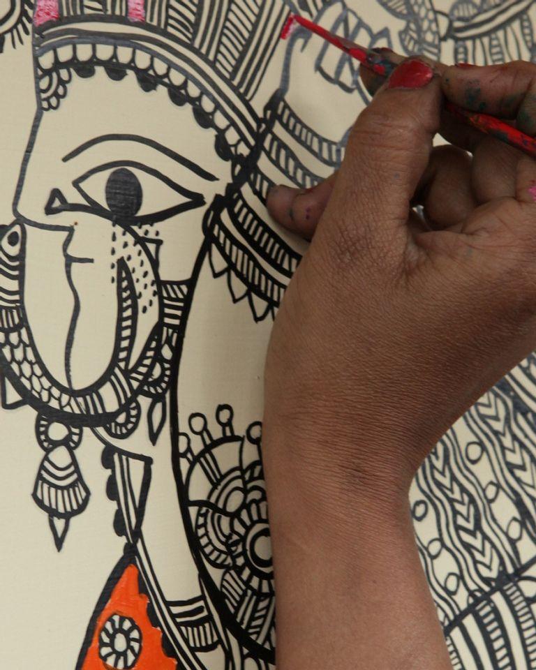 femme peintre mithila