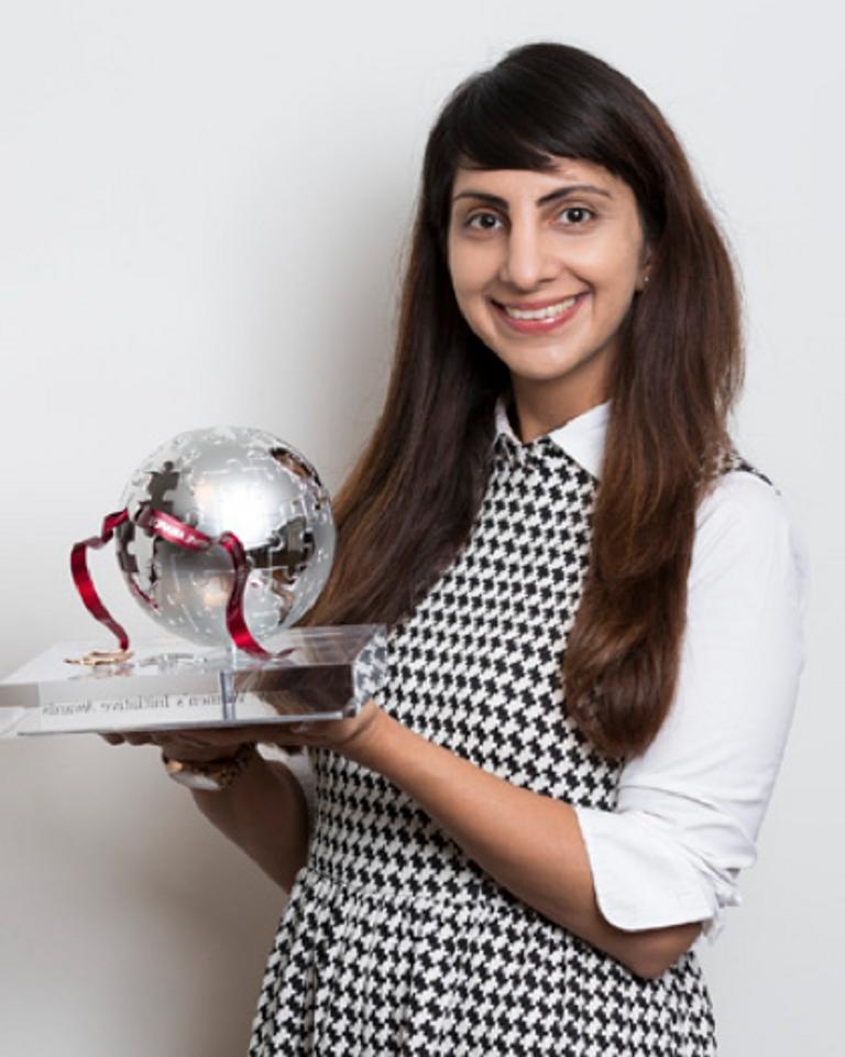 Priyanka Bakaya retransforme le plastique en pétrole