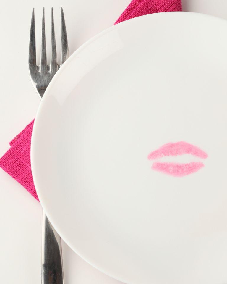 assiette bouche lèvre