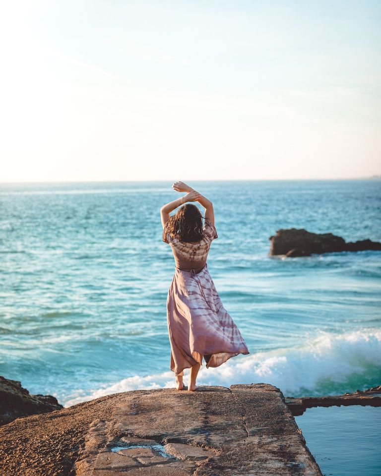 méditer au bord de la mer