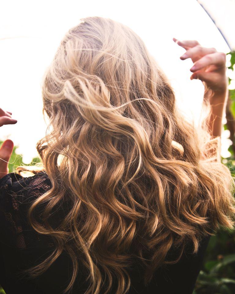 cheveux plantes naturelles