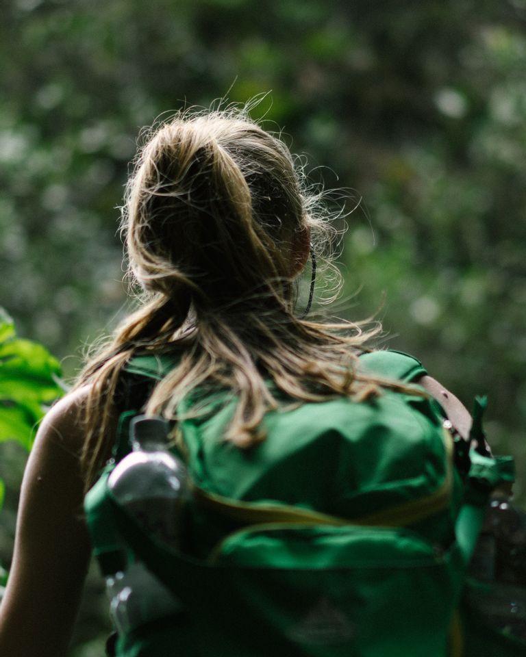 Les bienfaits de voyager seule, de la découverte de soi au retour à l'essentiel