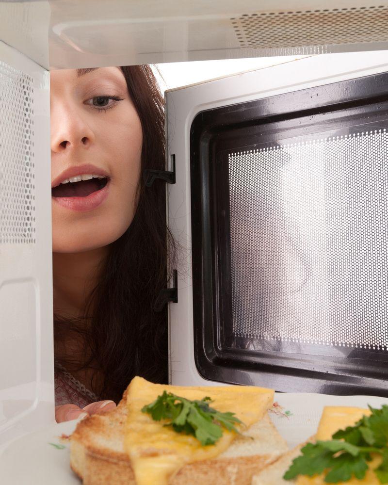micro onde manger nettoyer cuisine