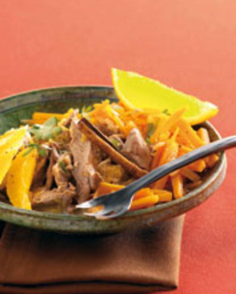 Emincé d'agneau à l'orange et à la cannelle, carottes vapeur