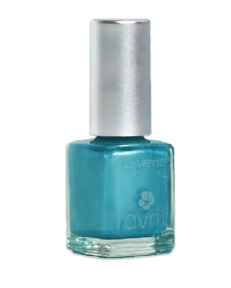 Le vernis turquoise nacré d'Avril