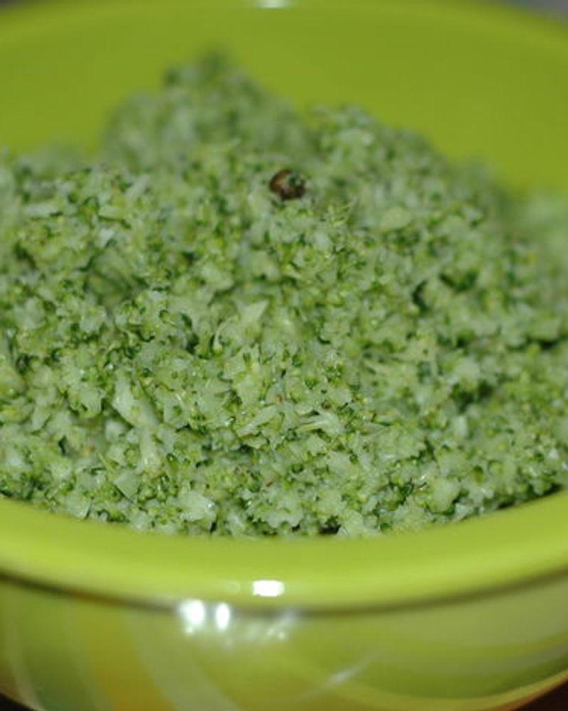 Crème de brocolis aux olives
