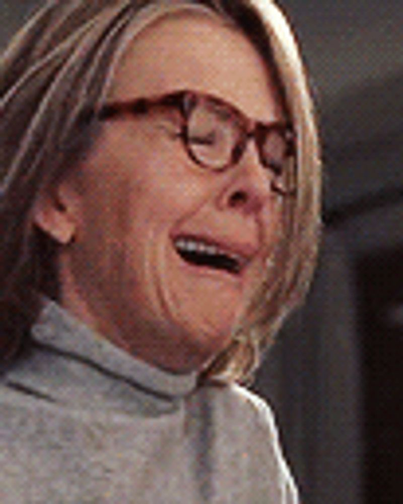 femme lunette larmes