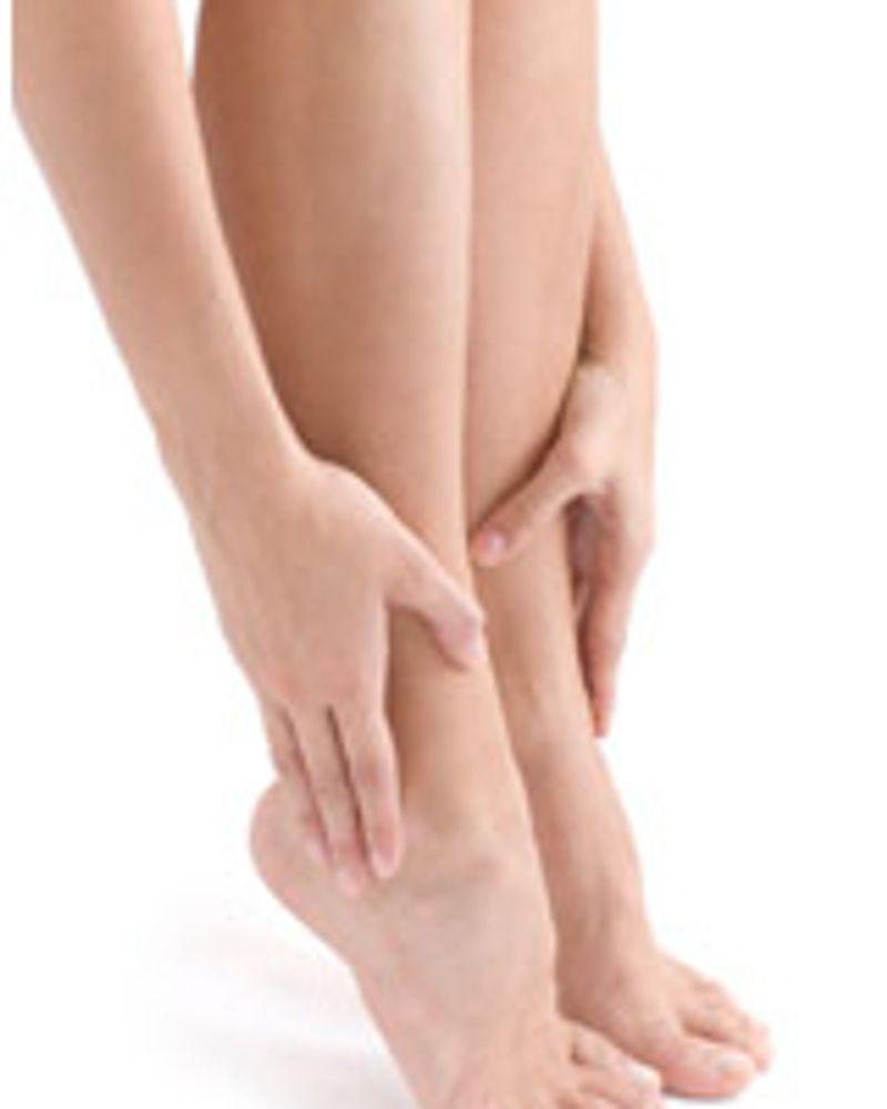 femme jambe cheville