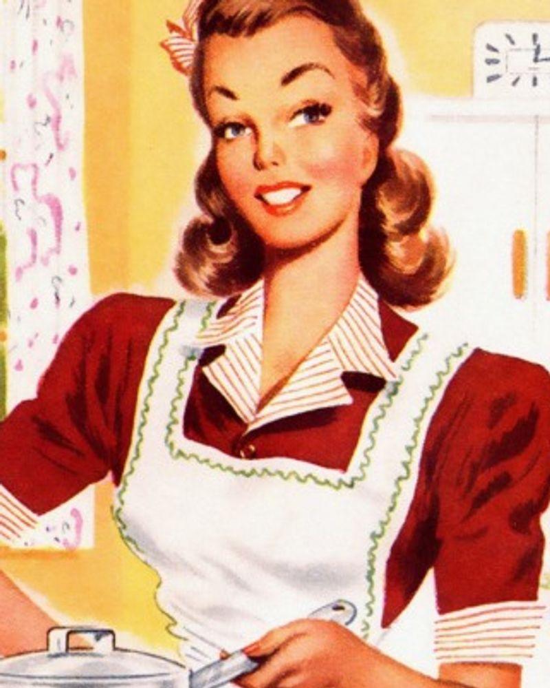 femme pub cuisine