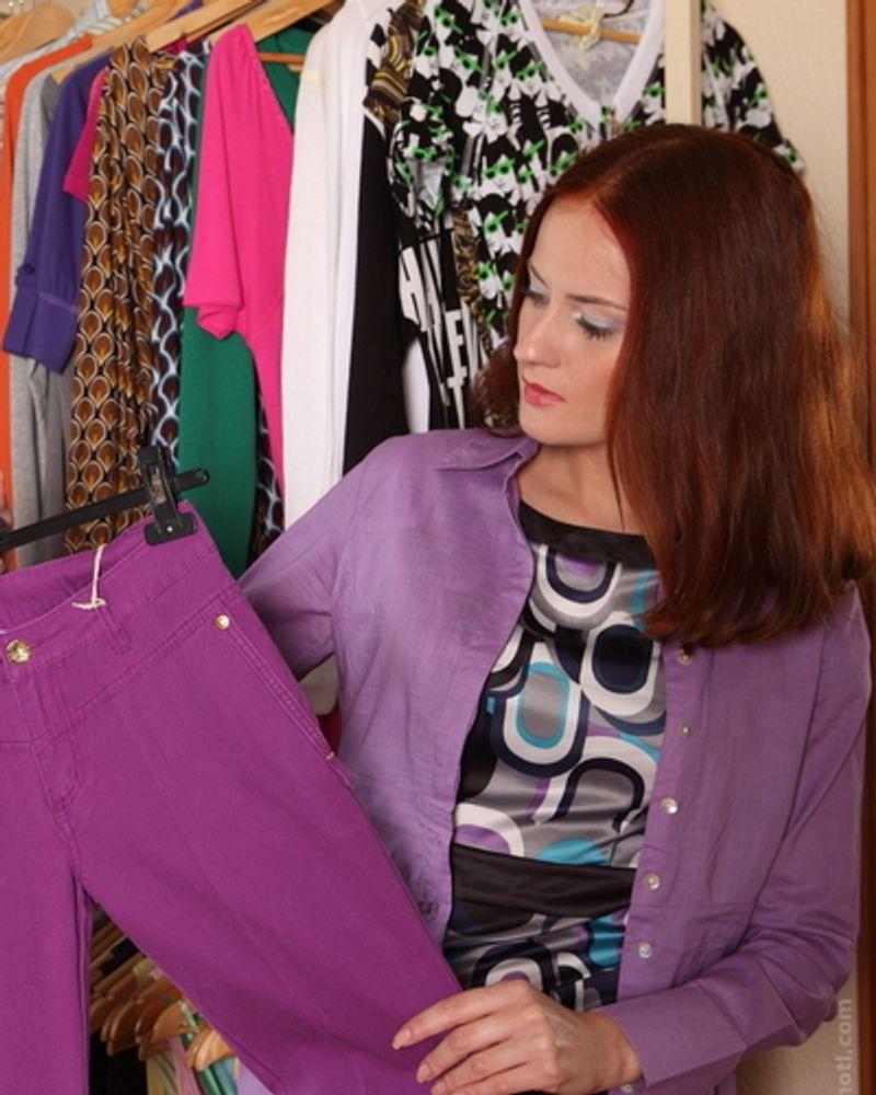 femme magasin vêtement
