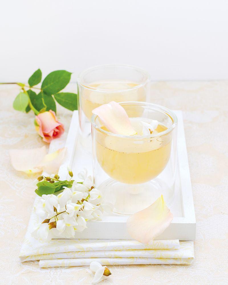 tisane glacée féerique à l'acacia