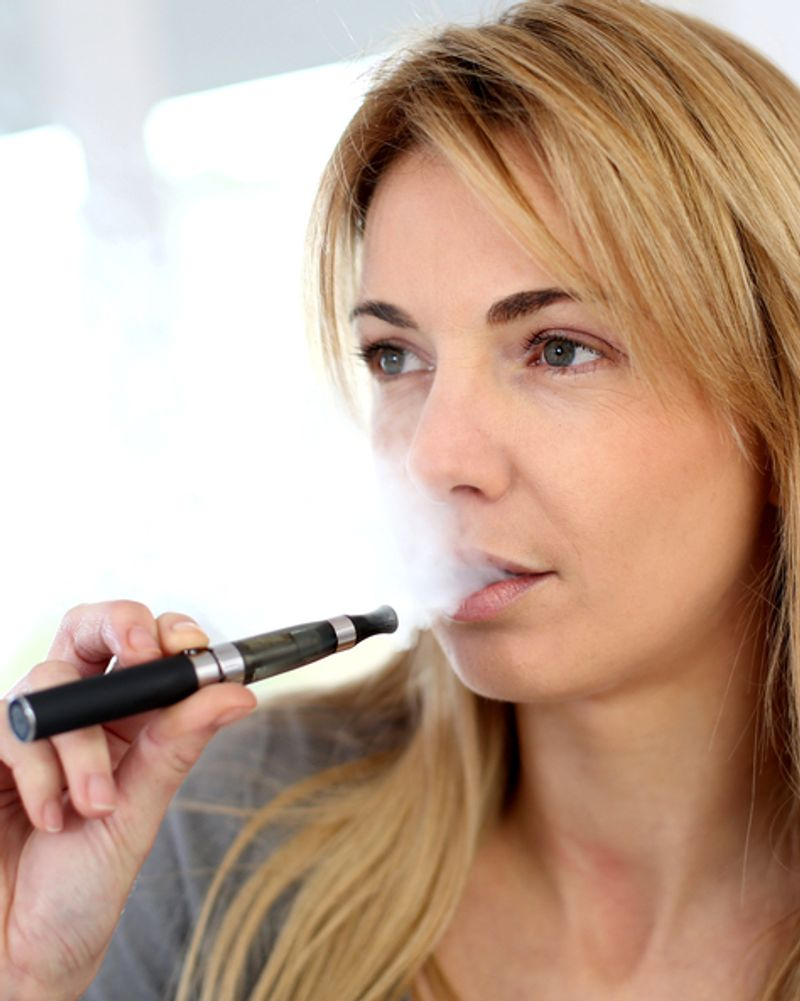e-cigarette electronique