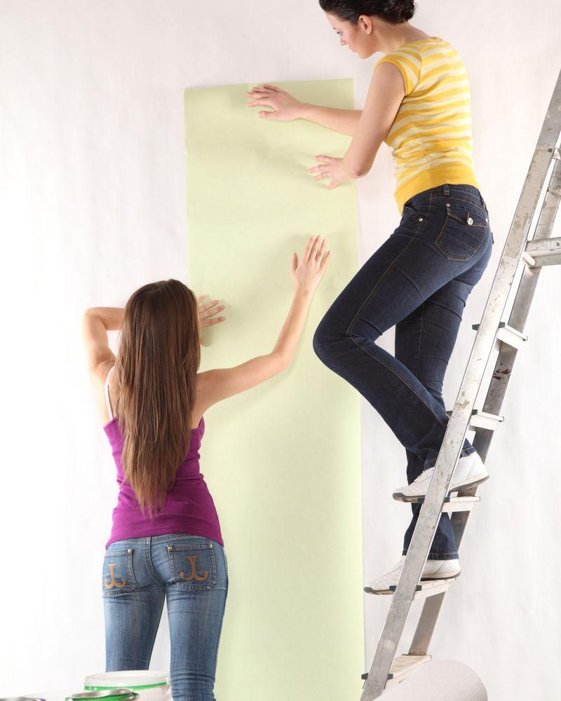 femme papier peint colle