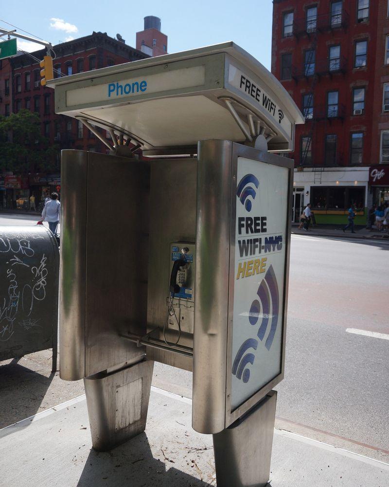 New York cabines téléphoniques wifi