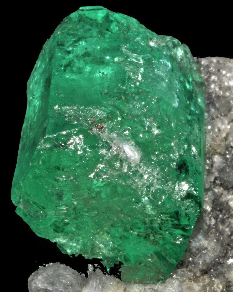 émeraude pierre précieuse