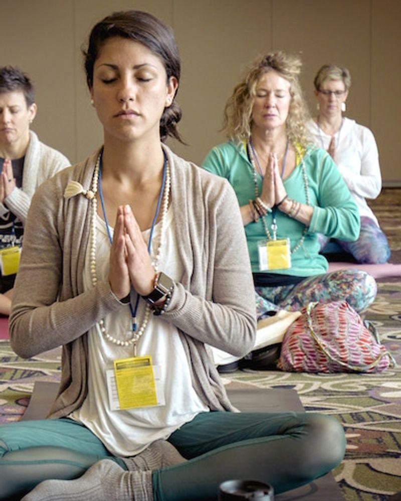 offrir une place pour un stage de méditation