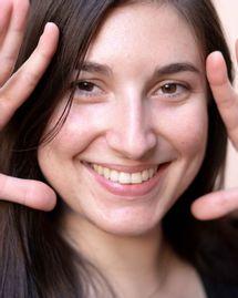 Anne Latuille et l'acné positive