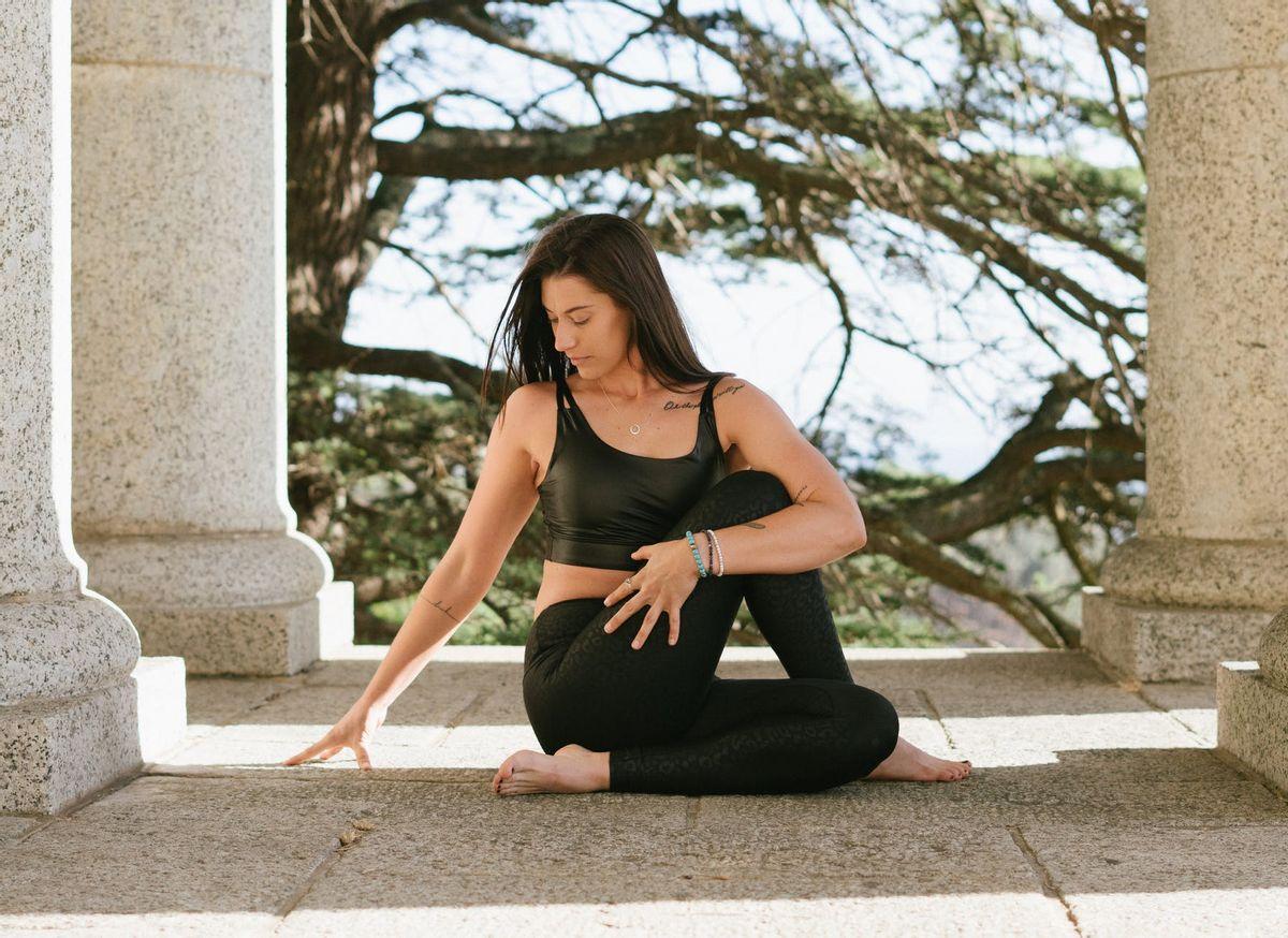 Gymnastique hypopressive : 3 exercices pour perdre du ventre
