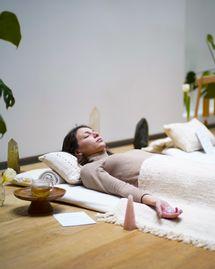 Lithothérapie : j'ai testé le lit de cristal