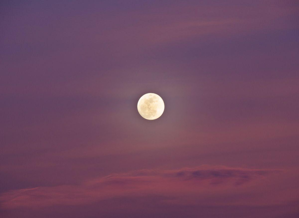 Pleine lune du 27 avril 2021 : les énergies de la Super Lune rose
