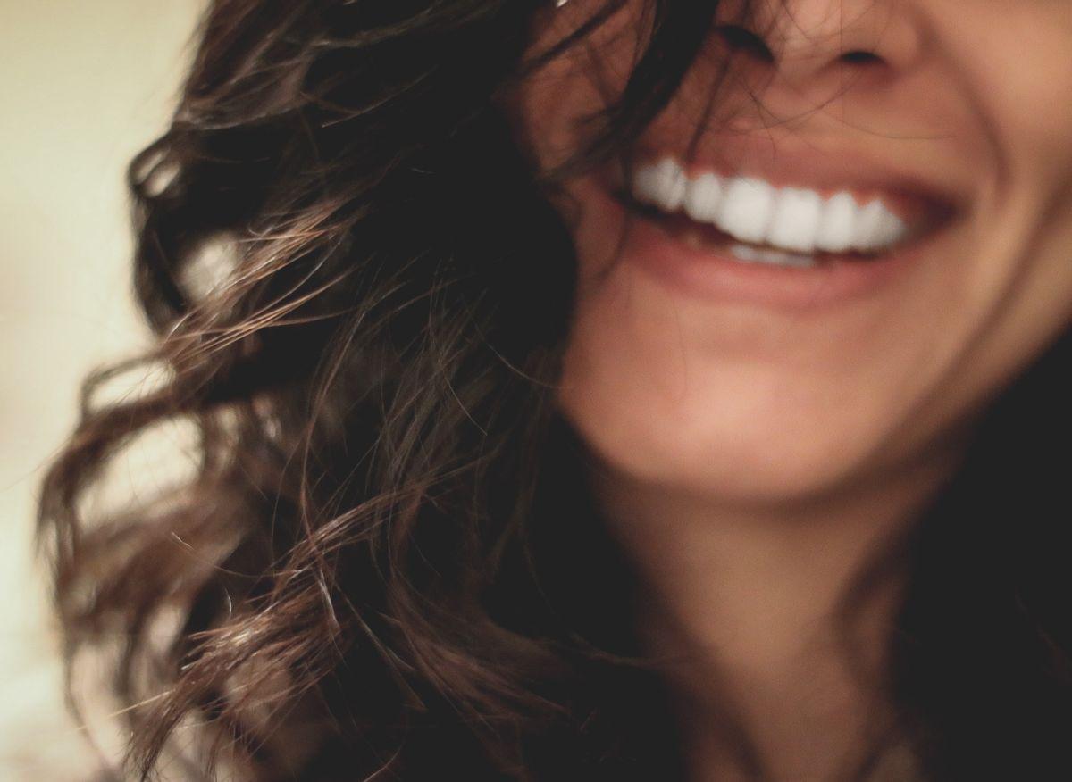 Effets du stress sur les dents et les gencives : comment les protéger au naturel ?