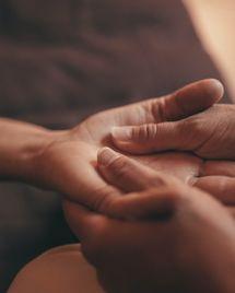 Gestalt thérapie : une méthode qui apaise par l'art du contact