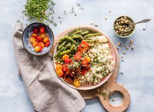 Salades : 6 recettes gourmandes et équilibrées pour le printemps