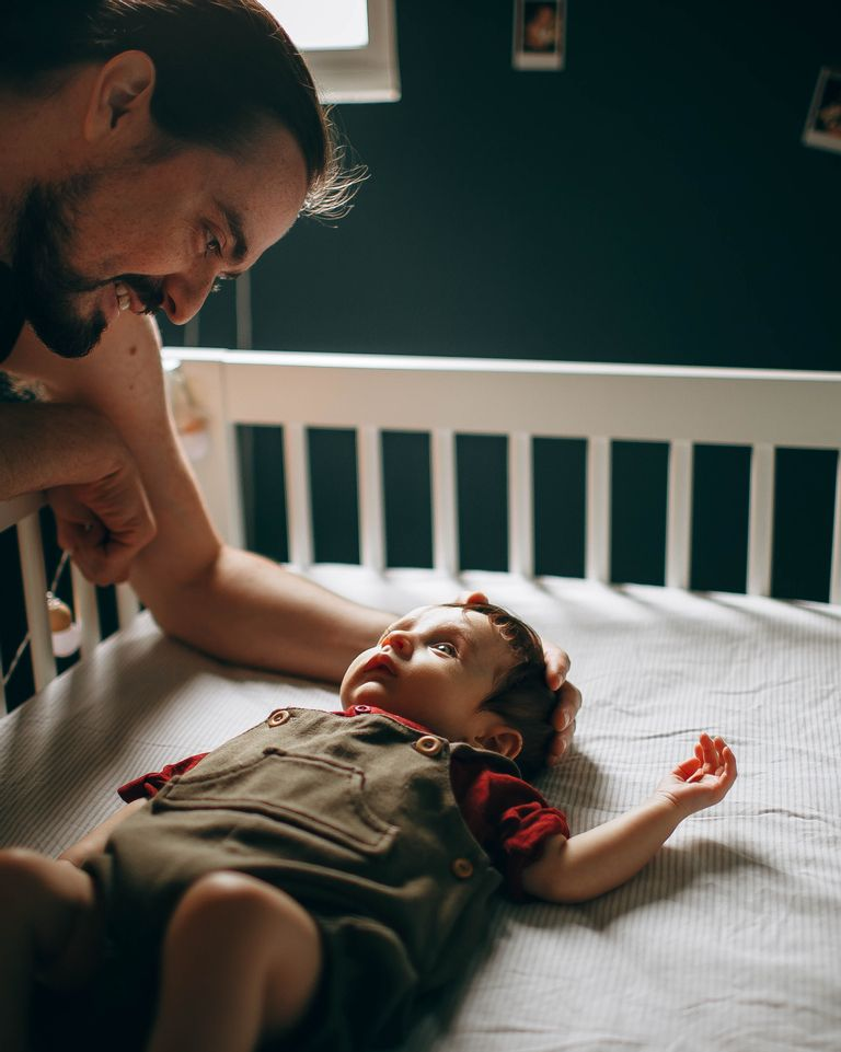 Papa et allaitement : 3 manières de vous appliquer