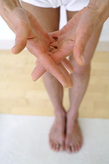 Posture n°4 : doigts croisés