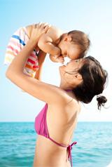 Comment préparer bébé au soleil
